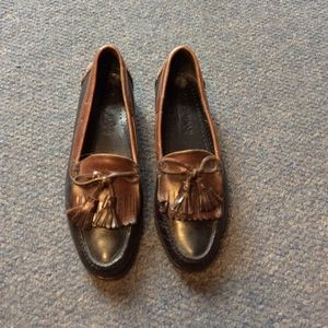 Cole Haan Country Two Tone Tassle Loafers 10